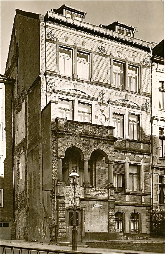 Haus des Josef van Gils, Aachen, Lousbergstr.62